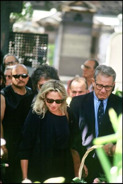 Véronique Sanson aux obsèques de Michel Berger au cimetière de Montmartre en 1992