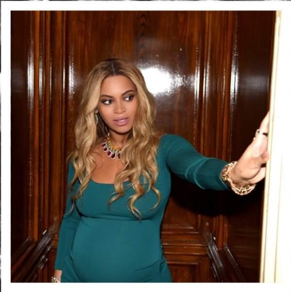 Le ventre de Beyoncé s'arrondit !