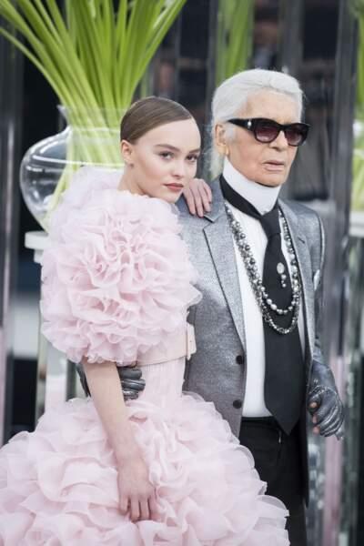 Lily-Rose Depp muse de Karl Lagerfeld comme sa célèbre maman, ici le 24 janvier 2017.