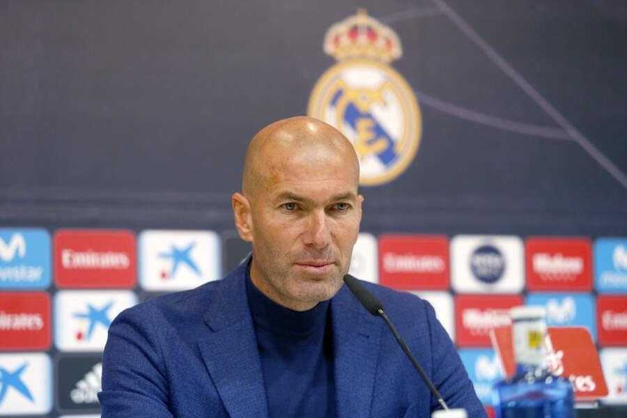 Zinédine Zidane a la tête rasée depuis dix ans et cela lui va parfaitement