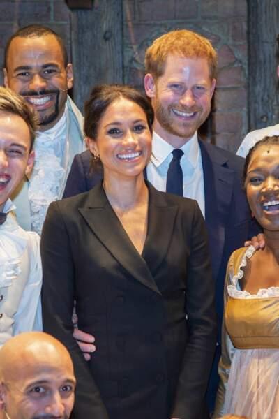 "Meghan Markle radieuse en ""tuxedo dress"" comme disent les anglaises"