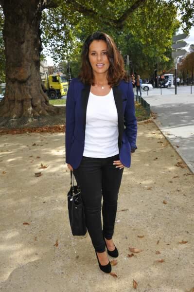 Faustine Bollaert avec un style habillée et non-habillée à Paris le 29 août 2011