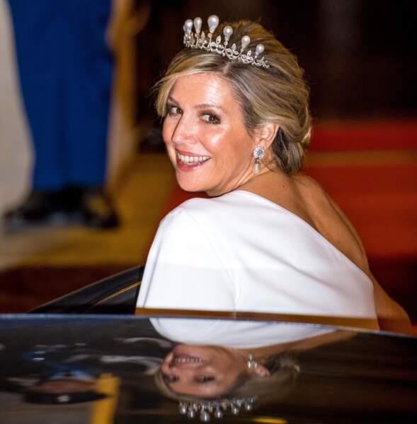 Solaire, la reine Maxima des Pays-Bas sait comment faire monter la température
