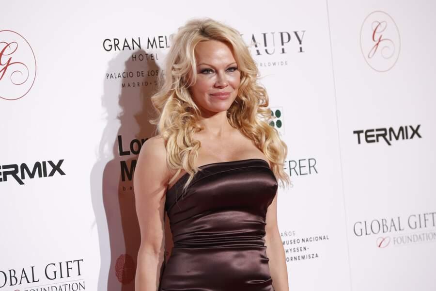 """""""Un contrat record signé"""" par Pamela Anderson a été annoncé, avant que son agent n'infirme"""