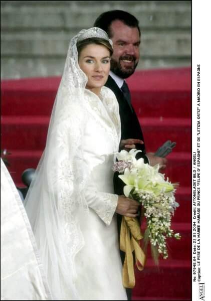 Mariage de Felipe d'Espagne et Letizia Ortiz (en robe Manuel Pertegaz) le 22 mai 2004