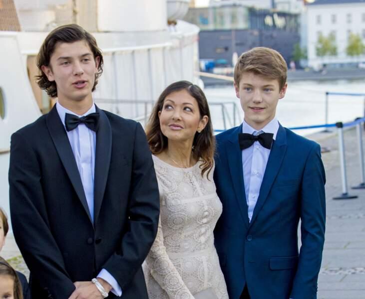 Nikolaï en compagnie de sa maman et de son jeune frère Félix