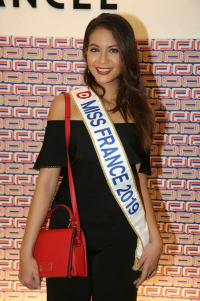 Vaimalama Chaves, Miss France 2019, à la présentation Lancel, lors de la Paris Fashion Week, le 27 février 2019.