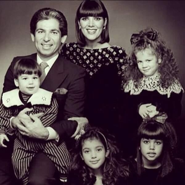 Les Kardashian au grand complet. Portrait d'une famille encore inconnue à la fin des années 80
