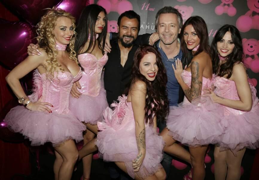 Jean-Michel Maire, Muratt Atik et les danseuses du Pink Paradise