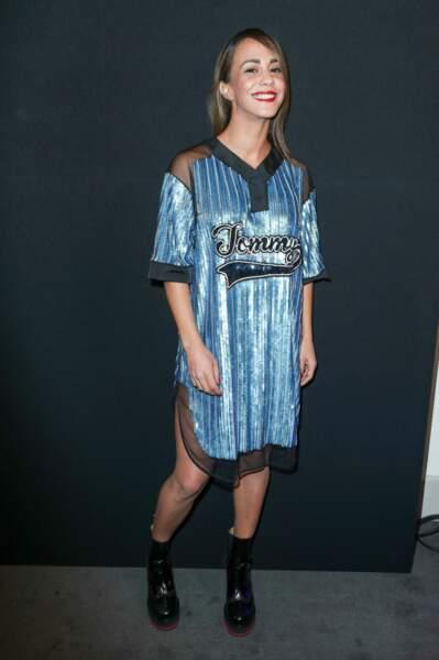 Alice Belaidi a choisi une robe bleue électrique
