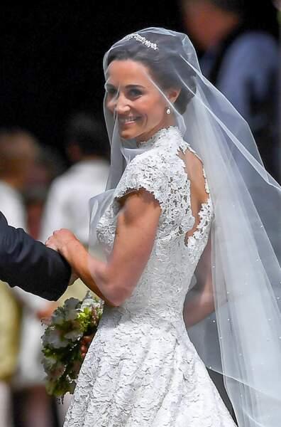 Pippa Middleton, ravissante en robe Giles Deacon, lors de son mariage à Englefield, le 20 mai 2017