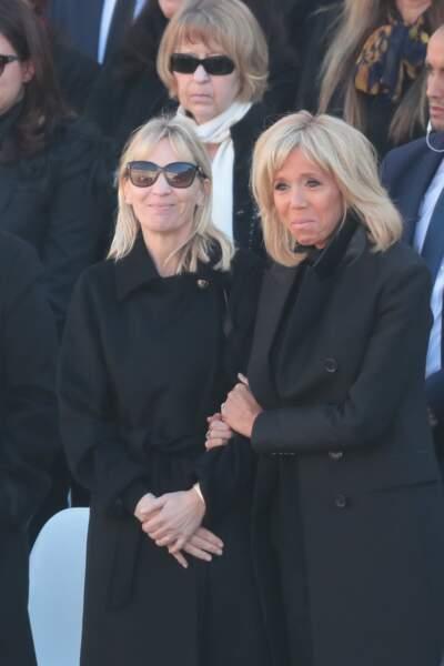 Brigitte Macron au bord des larmes lors de l'hommage national à Charles Aznavour avec Katia Aznavour