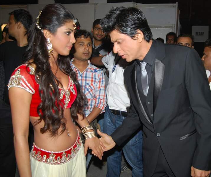 Priyanka Chopra et Shahrukh Khan lors des Star Screen Awards 2011 à Mumbai