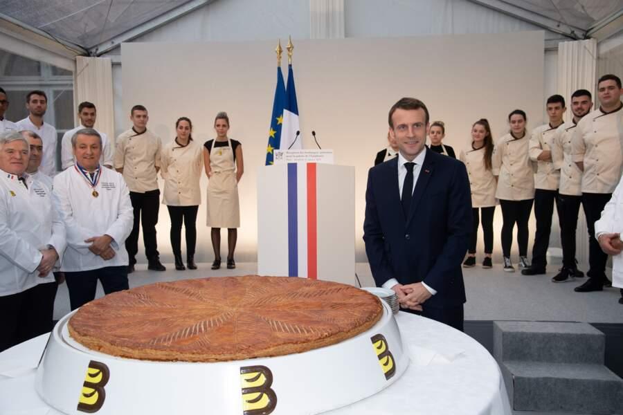 Le président Emmanuel Macron accueille les maîtres boulangers pour l'Epiphanie