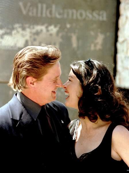 Michel Douglas et Catherine Zeta-Jones amoureux passionnés en vacances