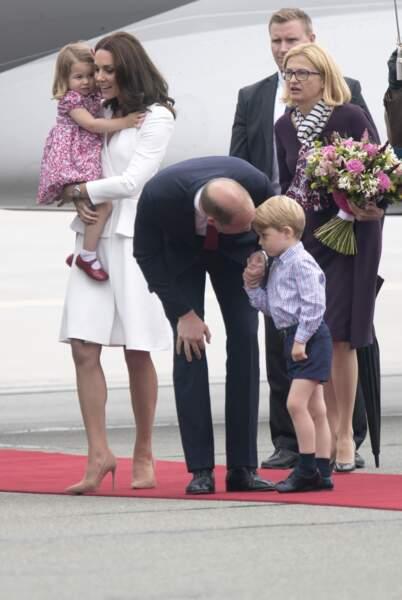 Le prince George se fait remonter les bretelles par son papa le 17 juillet 2017