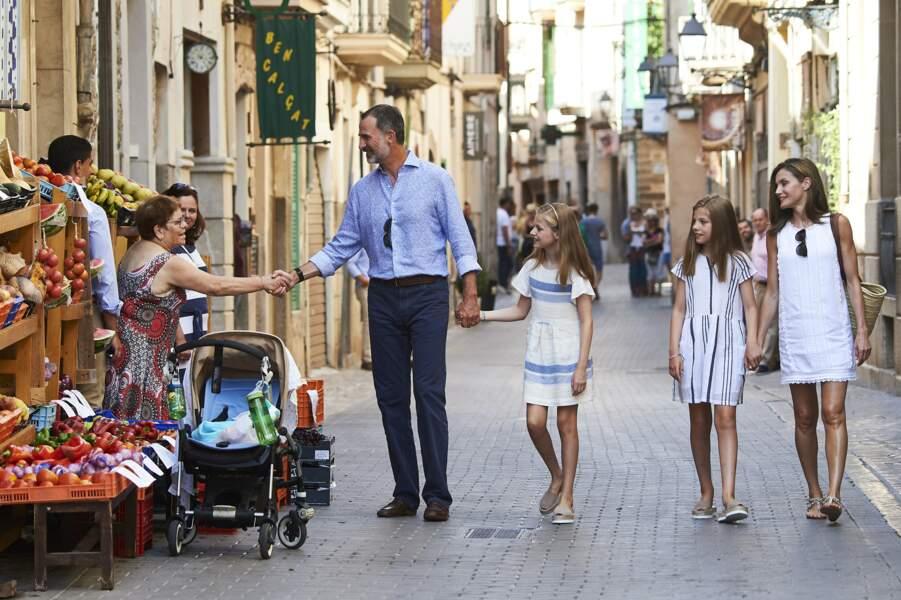 Elles sont le portrait crachées de leur mère, Letizia d'Espagne