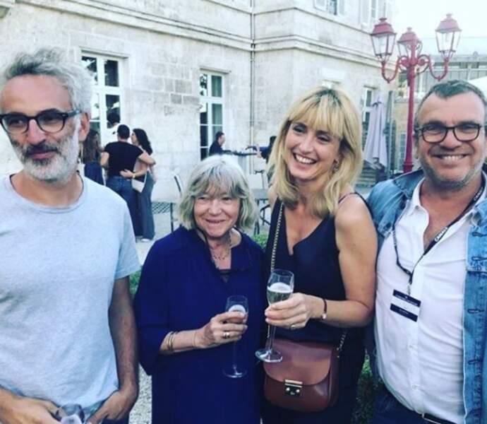 Julie Gayet s'est affichée très souriante et pétillante au festival d'Angoulême, ce mercredi 21 août