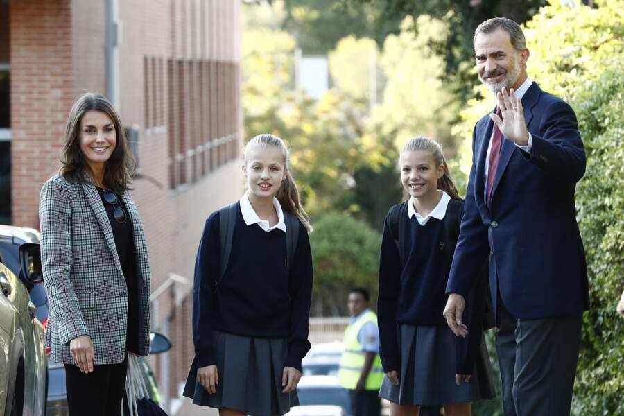 Comme les Cambridge, Leonor et Sofia d'Espagne doivent arborer l'uniforme de leur établissement scolaire