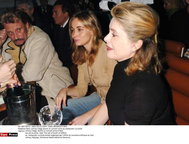 Johnny Hallyday et Catherine Deneuve, en 2004.