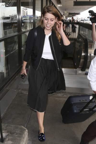 Beatrice d'York copie le style de Meghan Markle avec cette jupe plissée