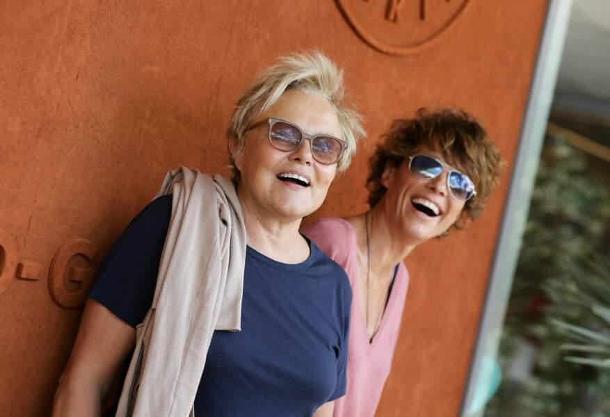 Muriel Robin et sa femme Anne Le Nen au village de Roland Garros le 2 juin 2018