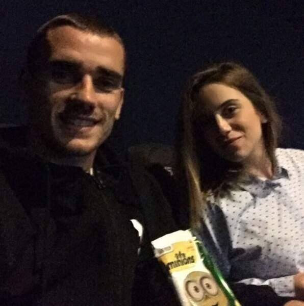 Antouine Griezmann et Erika Choperen au cinéma