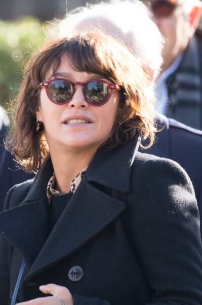 Emma de Caunes, à l'enterrement de Philippe Gildas, au cimetière du Père-Lachaise, à Paris, le 5 novembre 2018.