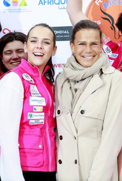 Stéphanie de Monaco et sa fille Pauline au départ du Rallye Aïcha des Gazelles en 2018 à Monaco