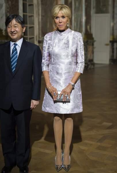 Brigitte Macron lors de sa rencontre avec le prince Naruhito du Japon, le 12 septembre, à Versailles