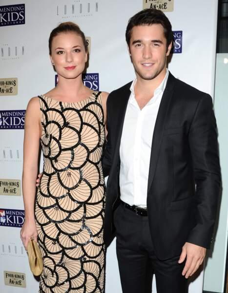 Emily VanCamp et Joshua Bowman