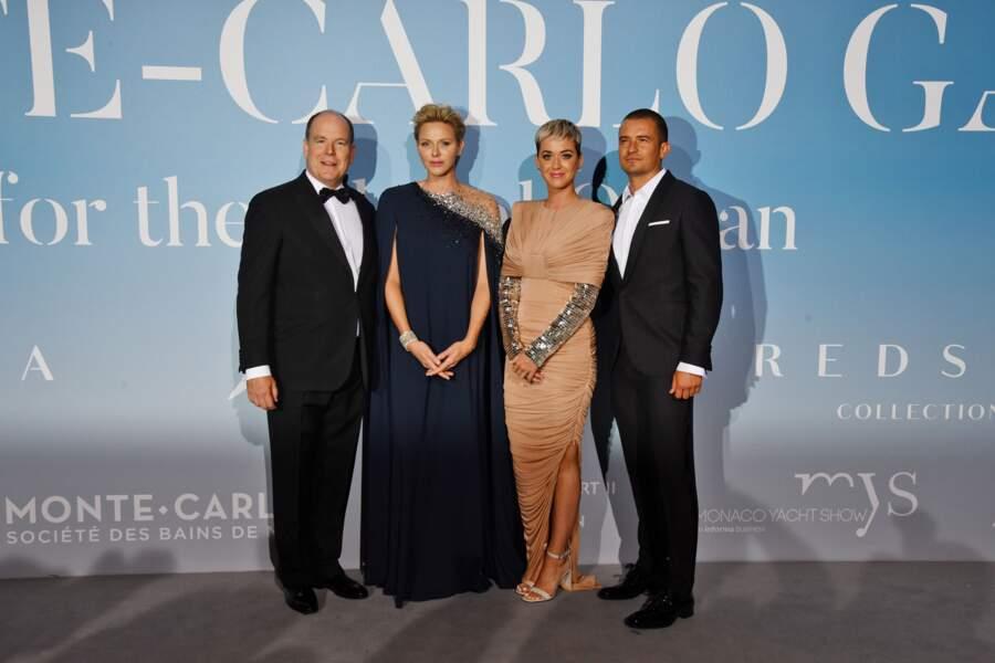 La princesse Charlène de Monaco sublime dans une robe à l'esprit sirène, un style qu'elle adore