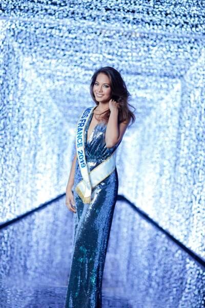 Vaimalama Chaves, Miss France 2019, sublime dans une combinaison Carolina Ritzler