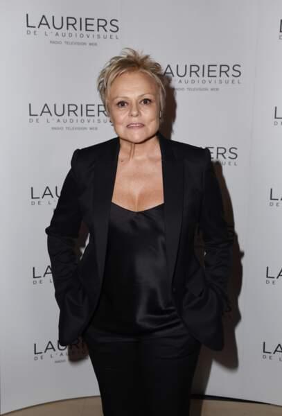 """Muriel Robin, très en beauté, concourait dans la catégorie """"meilleure interprète féminine de fiction"""""""