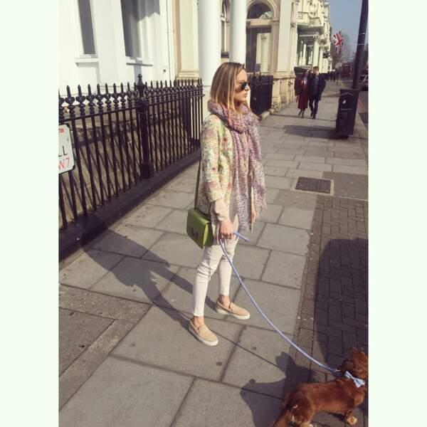 Ilona et son chien Hippy dans les rues de Londres en mars 2016