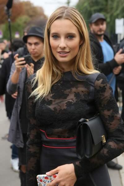 Ilona Smet au défilé Lanvin lors de la Fashion Week à Paris le 27 septembre 2017.