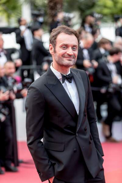 """Augustin Trapenard, lors de la montées des marches du film """"Les Misérables"""", le 15 mai 2019"""