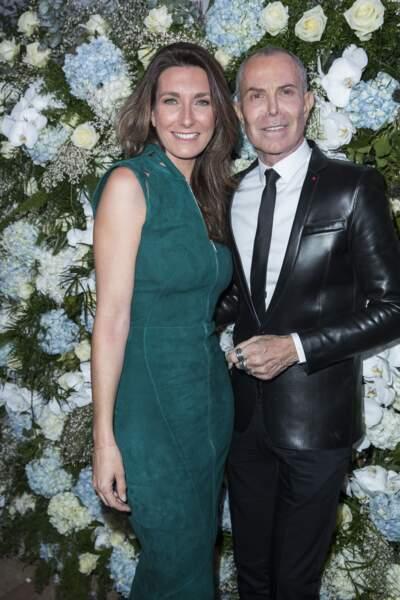 Anne-Claire Coudray avec le créateur Jean-Claude Jitrois au dîner du Sidaction