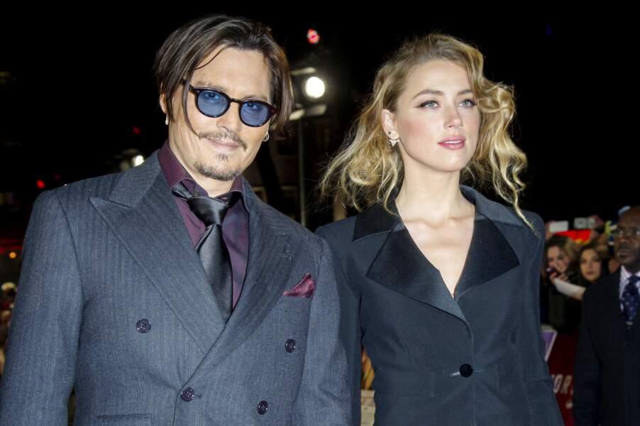 """Johnny Depp et Amber Heard à la première de """"Charlie Mortdecai"""" à Londres (2015)"""