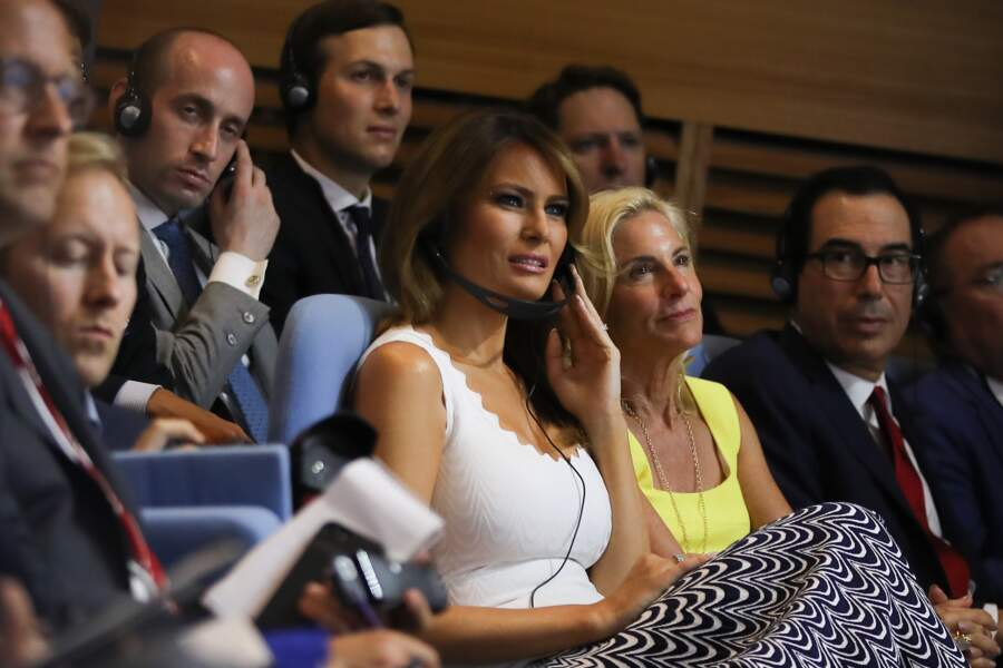 Melania Trump en robe Alaïa au G7 ce lundi 26 août à Biarritz.