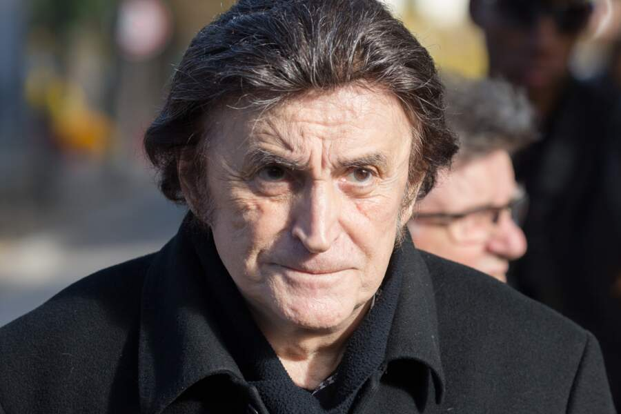 Dick Rivers, à l'enterrement de Philippe Gildas, au cimetière du Père-Lachaise, à Paris, le 5 novembre 2018.