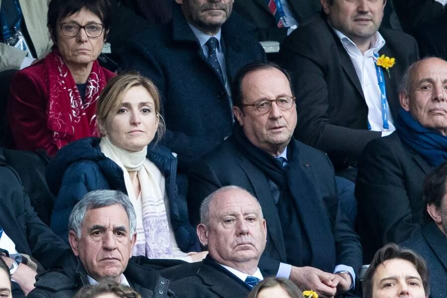 François Hollande et sa compagne Julie Gayet heureux au Stade de France
