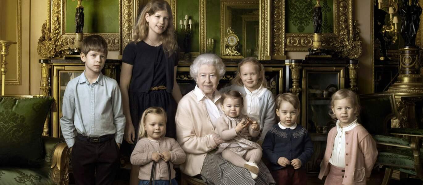 Mia se démarquait déjà sur la photo de Noël de la famille royale