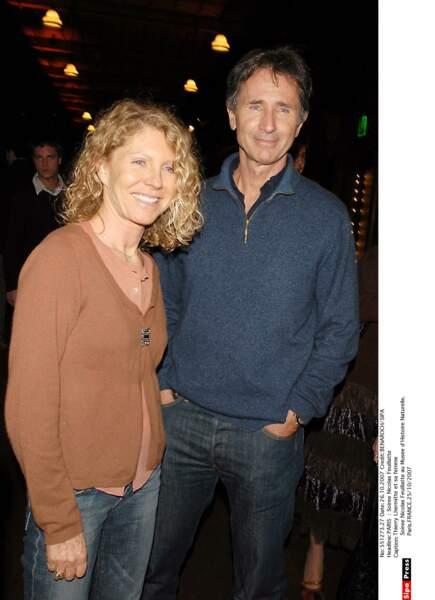 2007. Thierry Lhermitte et sa femme au Musée d'histoire naturelle