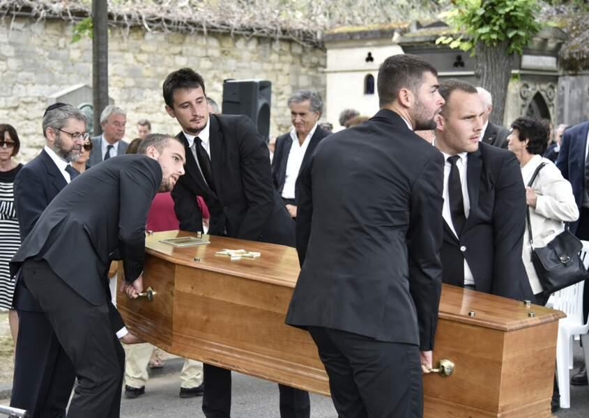 Les obsèques de Claude Lanzmann ont eu lieu au cimetière de Montparnasse le 12 juillet 2018