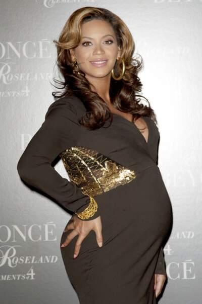 Novembre 2011, Beyoncé est à sept mois de grossesse et cela lui va à merveille