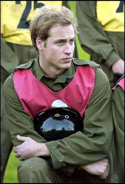 Le prince William passe les tests militaires à Westbury pour rentrer dans l'armée, en janvier 2006