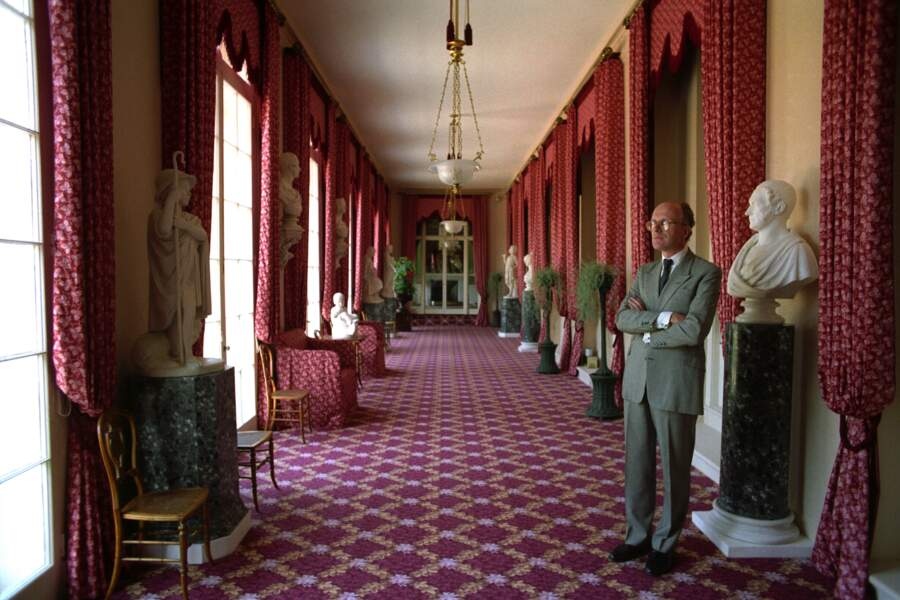 Frogmore House abrite plus de 18 chambres et de nombreux salons datant du 18e et du 19e siècles