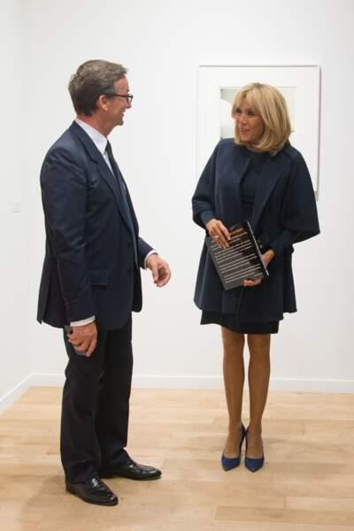 Brigitte Macron, très élégante à la FIAC le 18 octobre