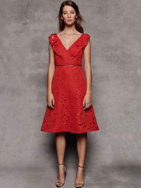 Robe en dentelle, 51 €, Truth & Fable sur Amazon Fashion.